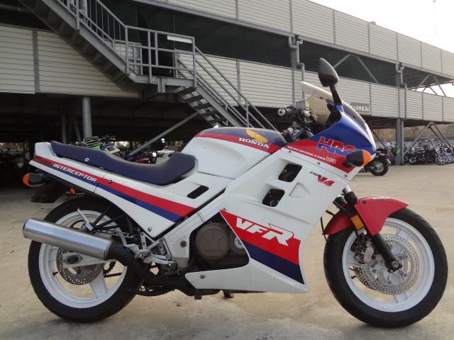 VFR750-1